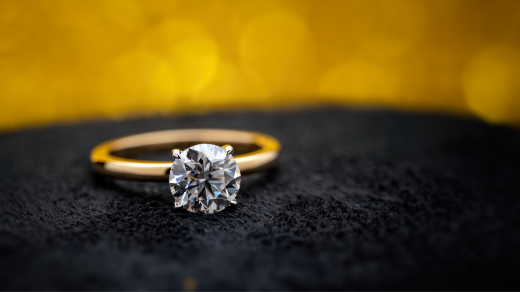 Is A Yellow Gold Engagement Ring Tacky?